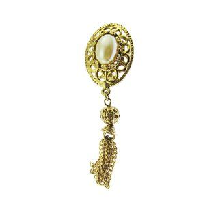 Gold and Pearl Tassel Brooch
